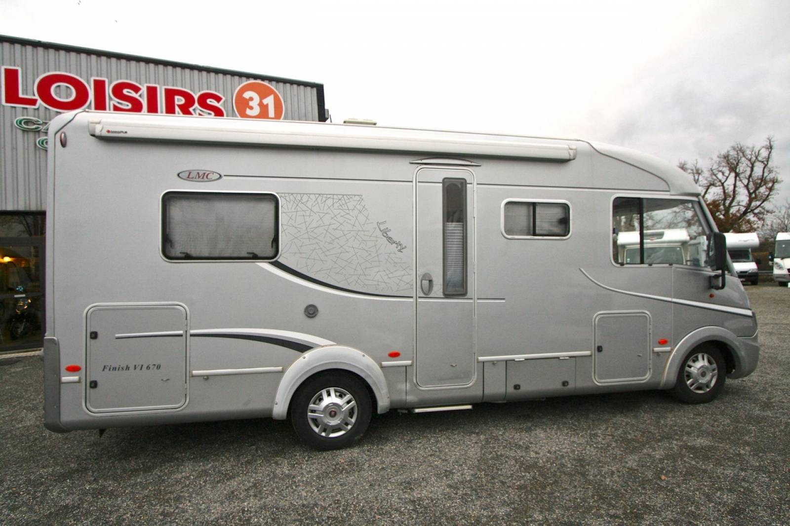 Camping-car intégral occasion, 4 places, LMC i670 Liberty ...